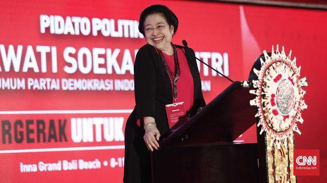Kader senior PDIP Eriko Sotarduga mengatakan Megawati ingin memerangi politik identitas dan radikalisme saat menyapa Ahok saat Kongres V PDIP di Bali.