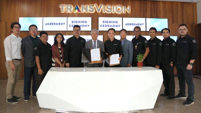 Transvision menggandeng TVStorm dan Balifiber untuk meningkatkan kualitas layanan kepada pelanggan.