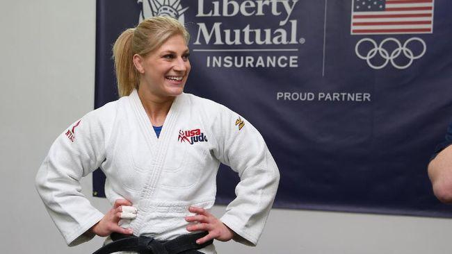 Petarung wanita di ajang PFL, Kayla Harrison, mengklaim lebih hebat dari Khabib Nurmagomedov dalam hal bertarung di arena.