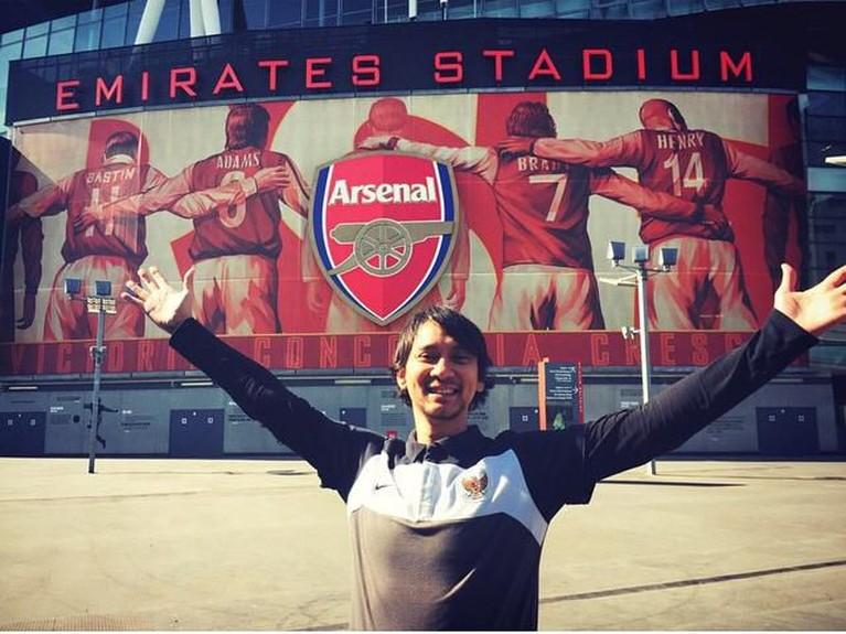 Vincent Rompies merupakan penggemar berat klub Liga Inggris asal London Utara, Arsenal.