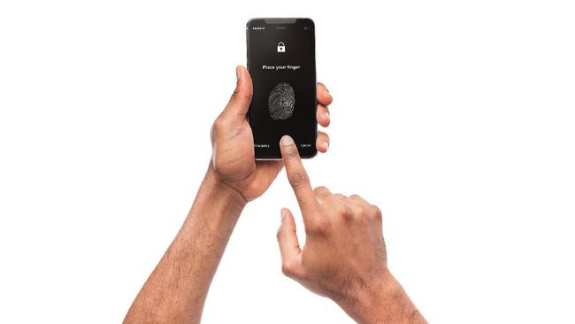 Operator menyatakan kesiapan untuk mengamankan kartu SIM menggunakan sidik jari.
