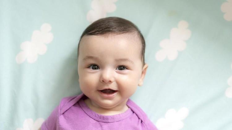 Nama bayi bernuansa Islami ada banyak sekali, Bun, diantaranya adalah nama-nama yang bermakna baik, unik dan menarik. Cek yuk untuk menemukan nama yang cocok.