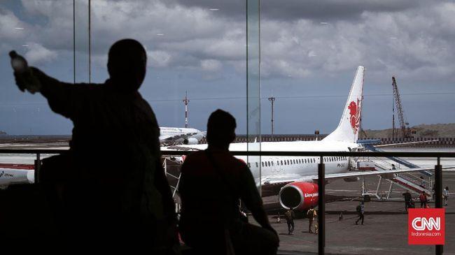 Lion Air menyatakan akan memfasilitasi penumpang yang terdampak kebijakan penutupan pintu bagi WNA yang mau masuk ke RI.
