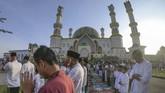 Umat Muslim di berbagai penjuru nusantara melaksanakan perayaan Idul Adha 1440 Hijriah dengan khusyuk.