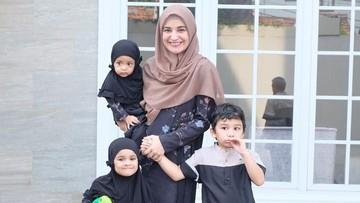 Potret 8 Bunda Seleb Rayakan Idul Adha Bersama Keluarga
