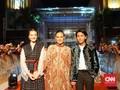 FOTO: Kemeriahan Gala Premier 'Bumi Manusia' di Surabaya