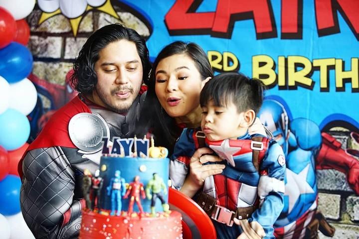 <p>Wah, seru banget perayaan ulang tahun Zayn. (Foto: Instagram @eriskarein)</p>