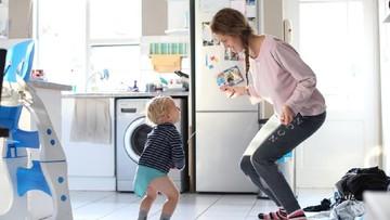 'Head Shoulders Knees and Toes', Lagu Anak untuk Mengajaknya Gerak