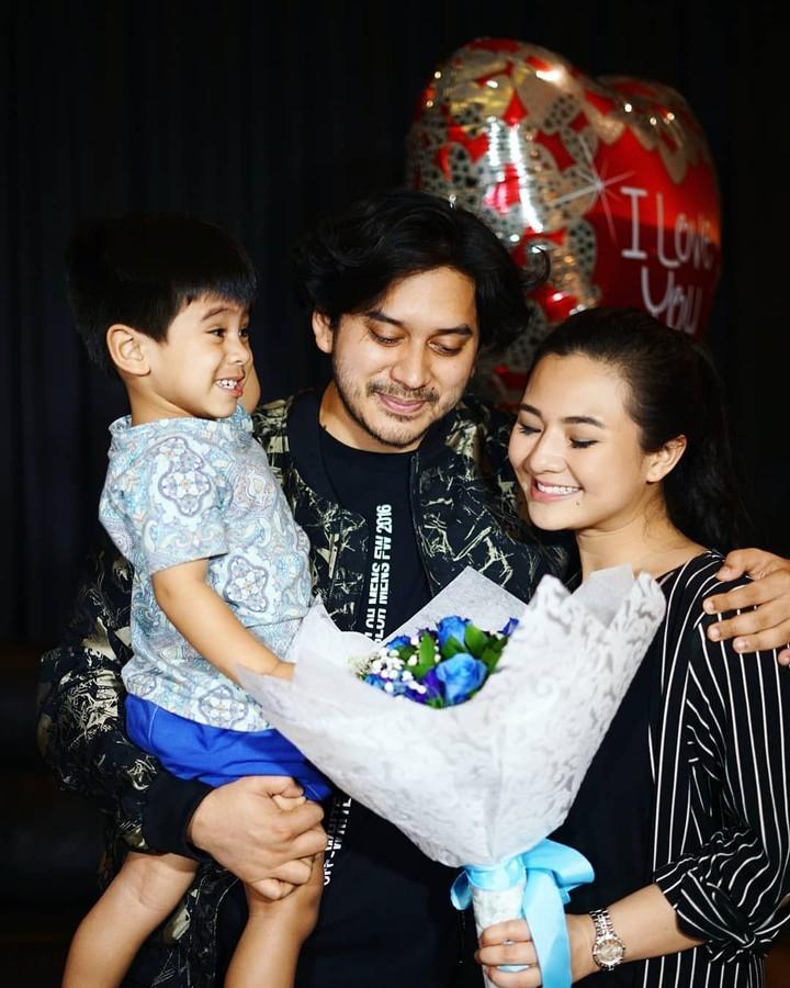 <p>Eriska rein menikah muda dengan Mithu Nisar, pada 28 September 2014. Ketika itu, dia berusia 20 tahun. (Foto: Instagram @eriskarein)</p>