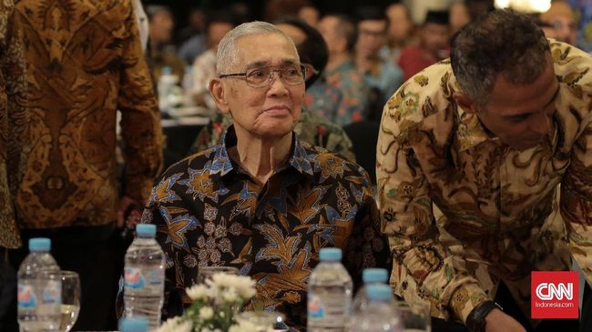 Menteri Pertahanan RI Jenderal Purnawirawan Ryamizard Ryacudu dan Forum Rekat Indonesia Mengadakan acara silahturahmi serta dialog tokoh bangsa dengan tema