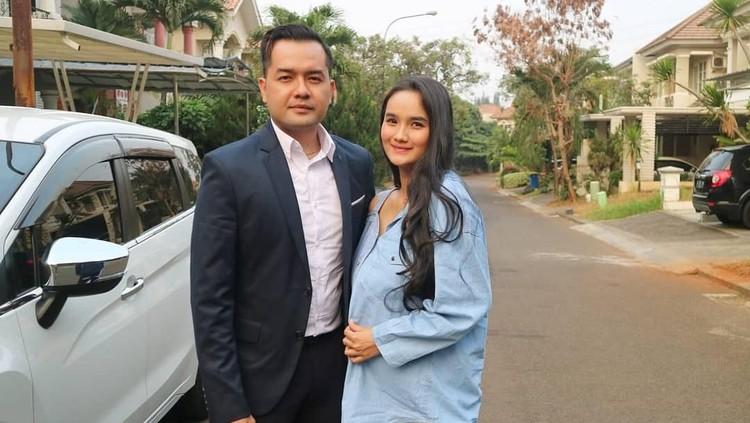 Unik! Faby Marcelia hamil anak kedua, sang suami ikutan ngidam ingin punya motor baru.