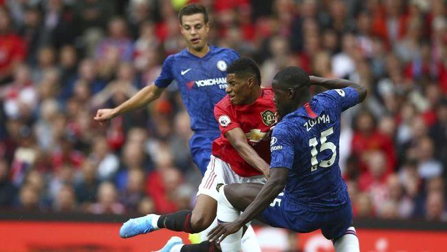Jika melihat skor akhir 0-4, mereka yang tidak menyaksikan MU vs Chelsea mungkin mengira The Blues kalah segalanya dari tuan rumah.