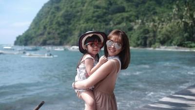 10 Ucapan Manis Menyentuh Hati Mama Gisel untuk Gempita