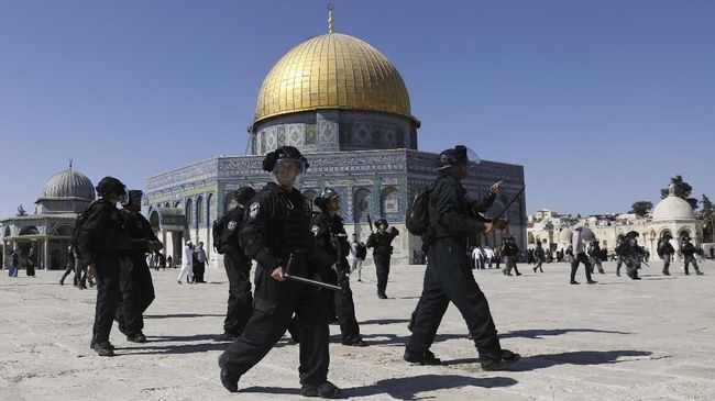 Palestina mengatakan UEA tidak berhak ikut campur dalam urusan Masjid AL-Aqsa dengan memberi izin bagi orang Yahudi untuk melakukan ritual di dalamnya.