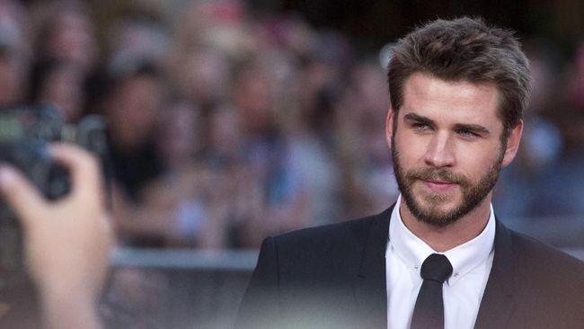 Liam Hemsworth mengambil peran baru untuk serial televisi 'Dodge & Miles', menjadi proyek pertama usai perceraiannya dengan Miley Cyrus.