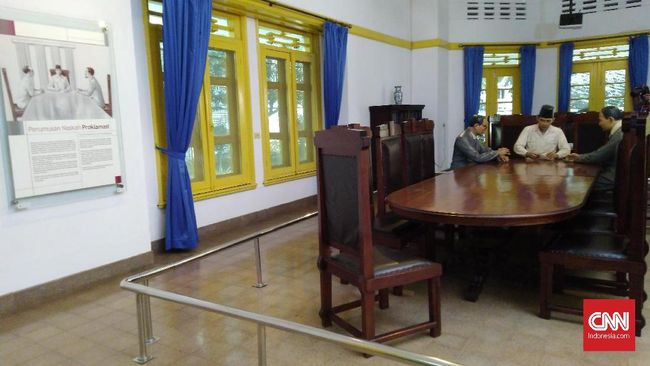 Wagub DKI mengatakan akan mencoba memastikan status cagar budaya rumah pahlawan nasional yang menjadi Menlu Pertama RI Achmad Soebarjo yang viral akan dijual.
