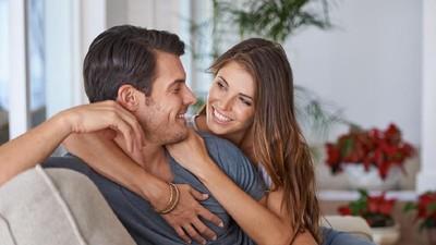 5 Ucapan Manis Terinspirasi Lagu Romantis Kahitna