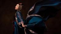 <p>Kalau begini, sudah mirip Mulan belum ya? (Foto: Instagram @mrsayudewi)</p>