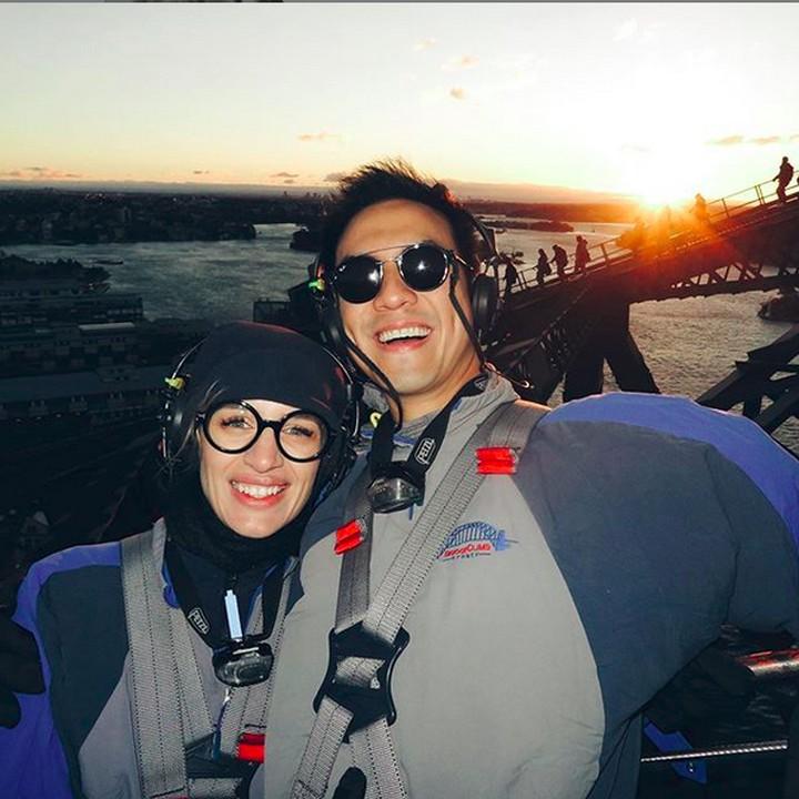 Daniel Mananta selama ini tidak pernah mempublikasikan sosok istrinya di media. Namun, baru-baru ini Daniel sudah mulai terbuka dan mengunggah foto sang istri.