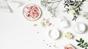 Keuntungan Pakai Produk Skincare dari Bahan Alami