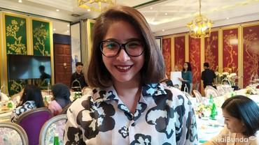 Cara Novita Angie Menjaga Kulit Tetap Awet Muda