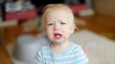 Bunda, Kenali 6 Penyebab Sariawan pada Bayi