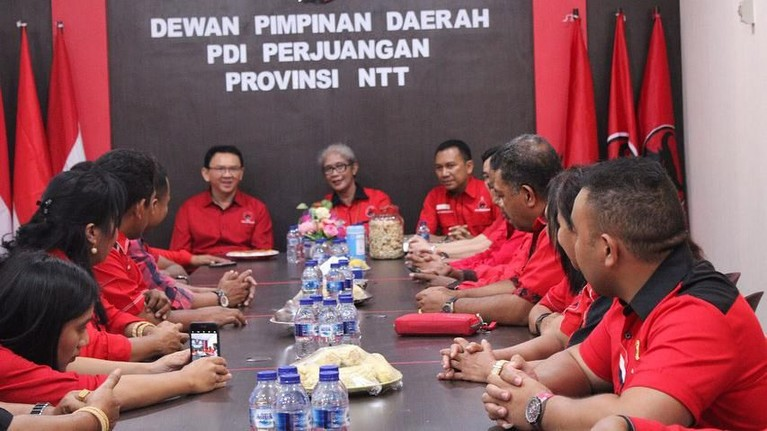 Ahok ingin ada generasi muda yang hadir dan bisa memberikan semangat baru untuk Indonesia. Termasuk kedatangan di NTT, ia menyuarakan agar anak muda bisa menuangkan inovasi dan apresiasinya pada bangsa.