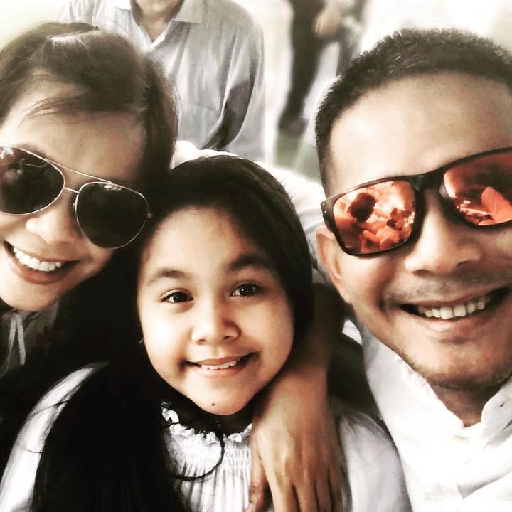 Lama tak terlihat, pelantun Januari di Kota Dili, Rita Effendy telah memiliki seorang putri dari pernikahannya dengan Joe Michael.