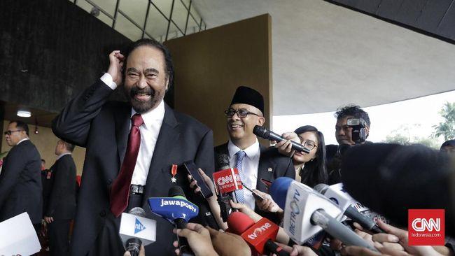 Ketua Umum NasDem Suryo Paloh memahami hingga saat ini belum diajak bicara oleh Jokowi terkait susunan kabinet periode selanjutnya. Dia tetap mendukung Jokowi.
