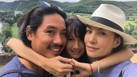 <p>Di usianya yang sudah menginjak 45 tahun, Nadya Hutagalung telah dikaruniai tiga orang anak. Adapun si bungsu, Nyla, lahir pada Maret 2008. (Foto: Instagram @nadyahutagalung)</p>