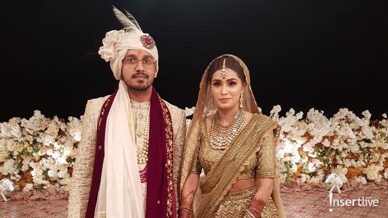 Raam Punjabi baru saja melangsungkan pesta mewah pernikahan anaknya, Amrit Punjabi di Bali.