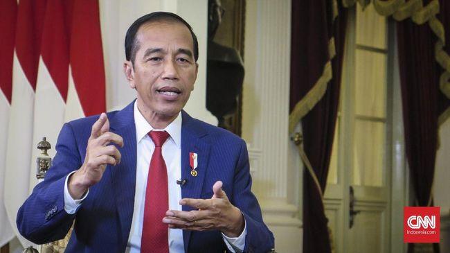 Presiden Jokowi berencana menelepon langsung Kapolri Jenderal Tito Karnavian agar tidak bertindak represif saat menangani demonstrasi mahasiswa.