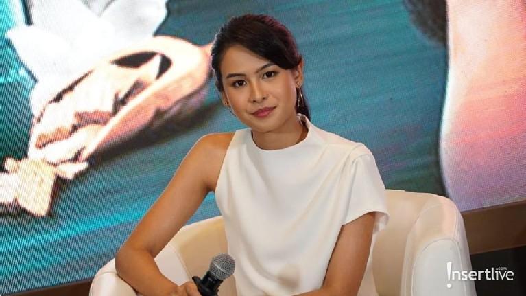 Maudy Ayunda. Pandai, cantik, dan jago akting, sosok Maudy Ayunda juga belajar hingga empat bahasa yaitu Mandarin, Indonesia, Inggris, dan Spanyol.