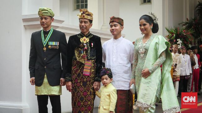 Komandan Kogasma Partai Demokrat Agus Harimurti Yudhoyono mengatakan SBY mendukung pemerintahan demi memajukan Indonesia di masa depan.