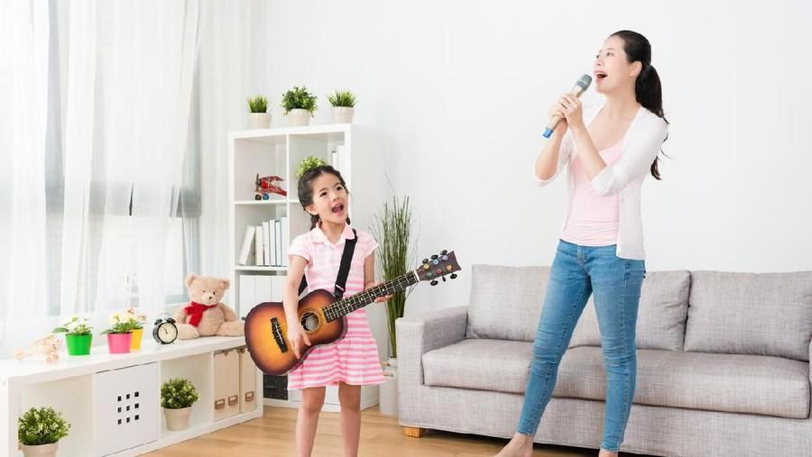 Cara yang Bisa Dipraktikkan Orang Tua untuk Dukung Minat dan Bakat Anak