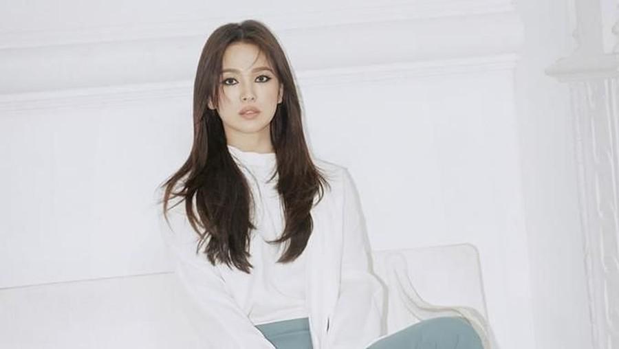 Si Cantik Song Hye Kyo yang Awet Muda, Ini Lho Rahasia Skincarenya