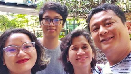 Potret Harmonis Keluarga Iszur Muchtar yang Jarang Terekspose