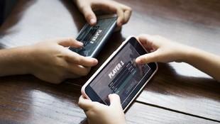 Pentingnya Ortu Awasi Konten Game Online yang Diakses Anak