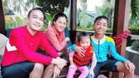 """Mereka juga kerap menghabiskan waktu bersama seperti keluarga pada umumnya lho. (Foto: Instagram @ruben_onsu)<div class=""""gmail_attr"""" dir=""""ltr""""></div>"""