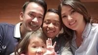 Meski mengadopsi, Ruben dan Sarwendah memperlakukan Betrand layaknya anak kandung sendiri. (Foto: Instagram @ruben_onsu)
