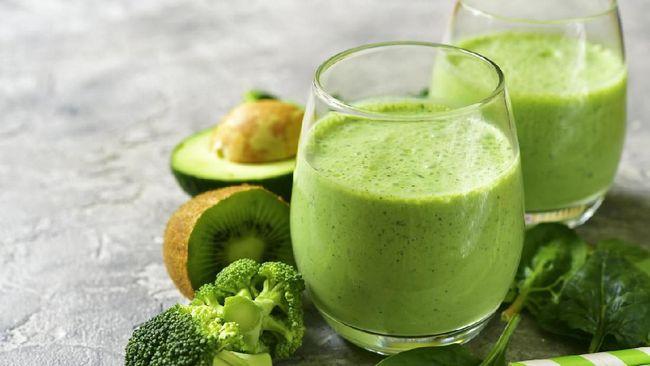 Spirulina ternyata bisa dikreasikan menjadi berbagai macam makanan dan minuman. Salah satu menu yang bisa ditiru adalah spirulina green lassi.