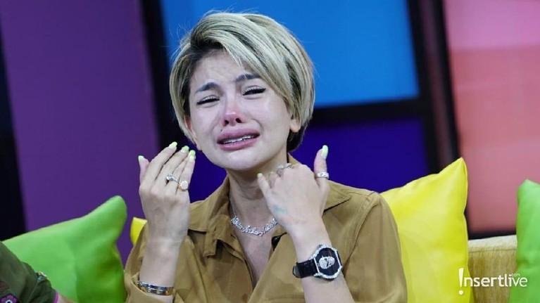 Namun Nikita menolaknya dengan alasan tak ingin membawa anaknya ikut terjerat dalam kasus ini.