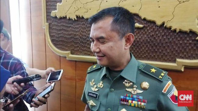 TNI akan memberi sanksi tegas kepada oknum diduga anggota TNI di Surabaya yang terbukti melakukan aksi rasialis terhadap mahasiswa Papua.