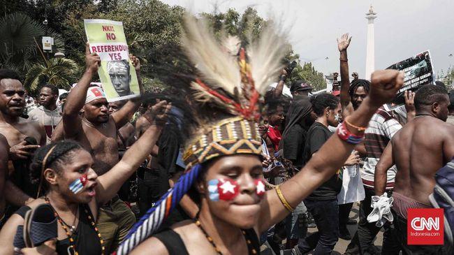 Ketua DPR, Bambang Soesatyo mengatakan pihaknya ingin mendapatkan kejelasan dari aparat mengenai ujung penyelesaian persoalan kisruh di tanah Papua.