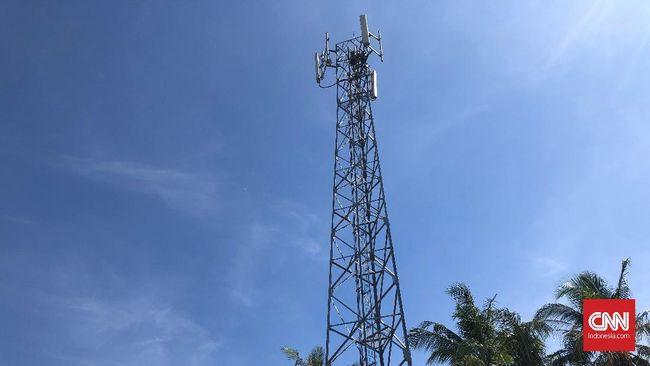 Menkominfo) Rudiantara menegaskan operator seluler harus melakukan konsolidasi untuk membuat industri telekomunikasi makin efisien.