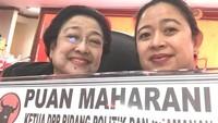 <p>Di tengah-tengah kongres partai yang menaungi keduanya, Puan dan Mega tak lupa wefie bareng. (Foto: Instagram/ @puanmaharaniri)</p>
