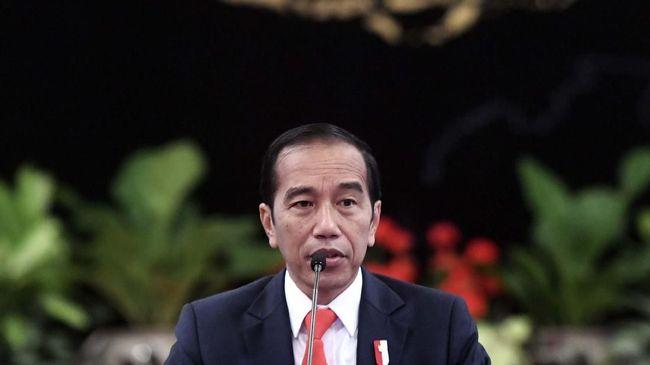 Pegiat antikorupsi menilai sikap Presiden Jokowi terhadap KPK selama ini tidak jelas, hal itu tercermin dari rencana revisi UU KPK yang diinisiasi DPR.