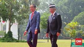 Jokowi Ajak Angkat Gelas untuk Kesehatan Raja Malaysia