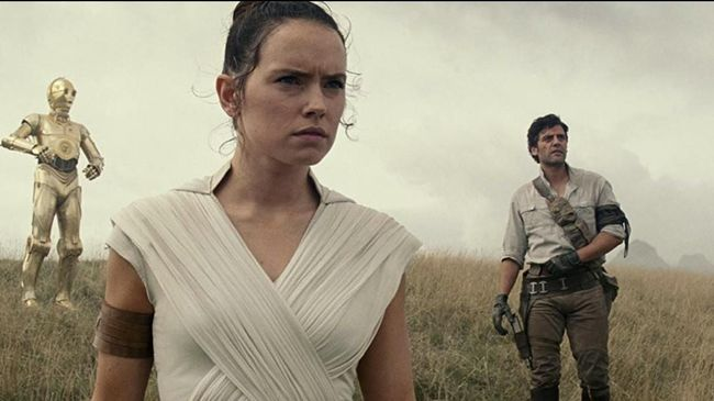 Sejumlah komentar dari penonton pertama Star Wars: The Rise of Skywalker oleh para jurnalis dan kritikus di Hollywood telah beredar di dunia maya.