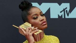 FOTO: Selebriti Berbusana Terbaik di MTV VMA 2019